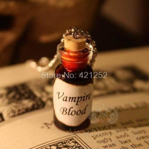 vampire-blood-necklace